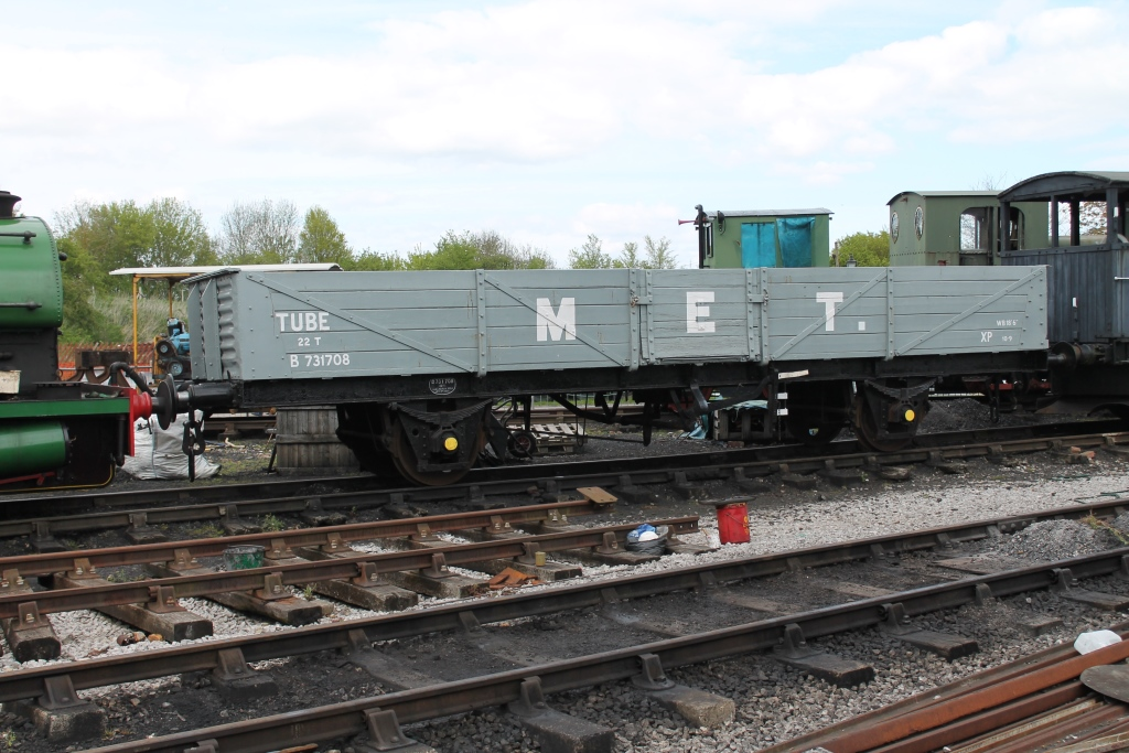 Tube Wagon in Down Yard in MET grey livery - May 2015