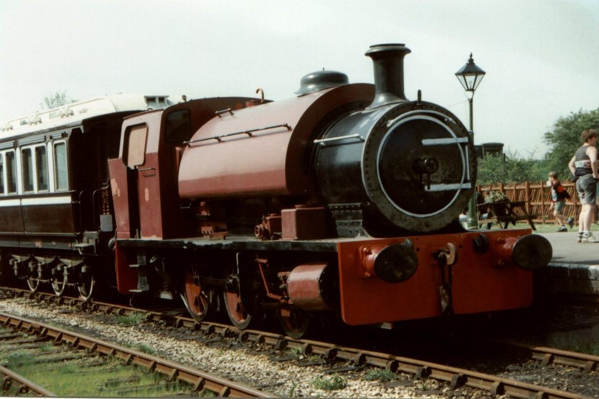 Chislet with Royal Carriage in Platform 3